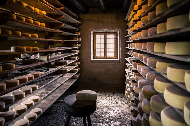 Monitoraggio temperatura umidità cantina formaggi